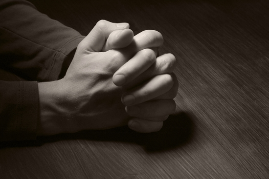 131011pcog-prayer-hands_istock-thinkstock (550x367)